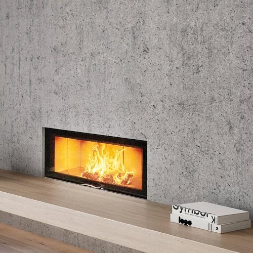 Caminetto a legna per una visione unica della fiamma